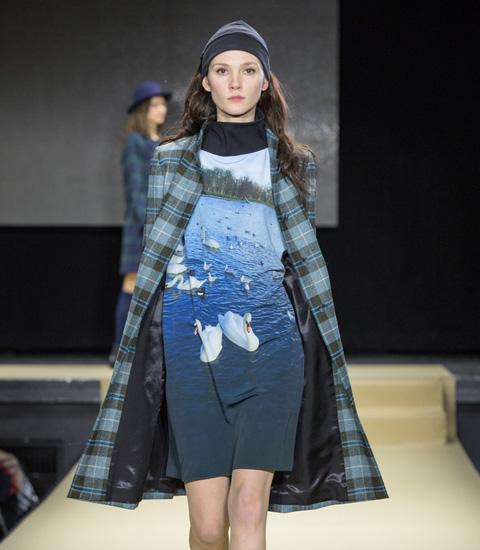 Agnes b fashion show 20